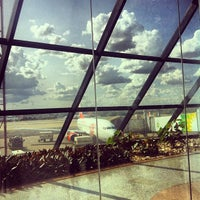 Photo taken at Brasília Presidente Juscelino Kubitschek International Airport (BSB) by Paula M. on 11/20/2013