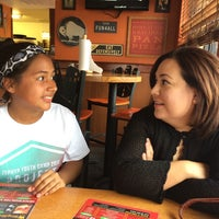 Photo taken at Pizza Hut by Juan F. on 6/27/2014
