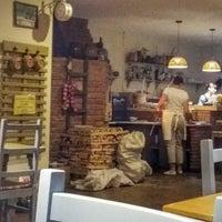 Photo taken at la Pasta by Artem Pavlovich on 8/13/2016
