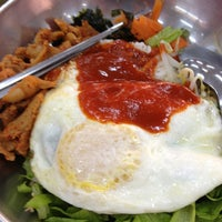 Photo taken at Yong Heng Cafe & Restaurant by Aslinah J. on 2/7/2013