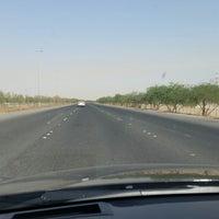 Photo taken at الخط السريع الملك فهد by nawaf a. on 9/28/2014