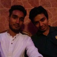Photo taken at Pizza Inn Uttara by Kamruzzaman R. on 8/24/2014