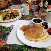 Photo taken at Alana's Cafe by Solène B. on 7/14/2013