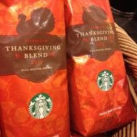 Photo taken at Starbucks by ECrab 🌐🌎🌐 on 11/10/2012