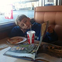 Photo taken at Frantoni's Pizzeria & Ristorante by William O. on 12/23/2012