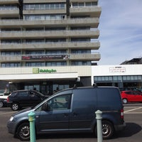 Photo taken at Holiday Inn Brighton - Seafront by Konstantino T. on 7/26/2016