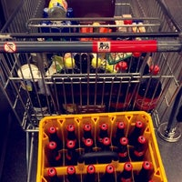 Photo taken at Delhaize by Florie V. on 10/16/2014