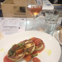 Photo taken at Le Verdure @ Eataly by Hande G. on 5/27/2013