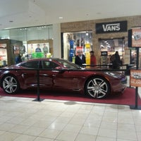 Photo taken at Westfield Montgomery Mall by Lícia D. on 1/25/2013