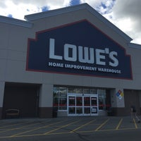 Photo taken at Lowe's Home Improvement by Patricia H. on 8/17/2016