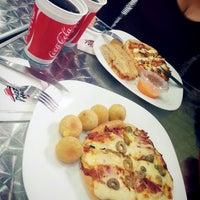 Photo taken at Pizza Hut Delivery by Carolina B. on 6/6/2014