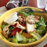 Photo taken at Panera Bread by Kenya F. on 5/22/2012