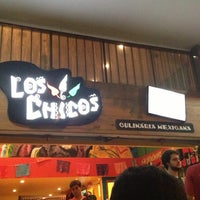 Photo taken at Los Chicos by Matheus D. on 1/9/2013