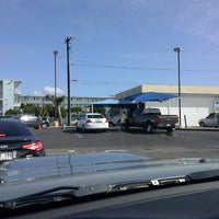 Photo taken at Liquid Aloha Express Wash by Ao H. on 5/22/2014