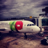 Photo taken at Lisbon Humberto Delgado Airport (LIS) by Feu _. on 11/6/2013
