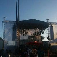 Photo taken at Glorieta Del Monumento a la Independencia (Las Tijeras) by Randolph C. on 9/16/2016