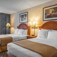 Photo taken at Clarion Hotel Anaheim Resort by Yext Y. on 6/23/2016