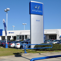 Photo taken at Hyundai of Slidell by Yext Y. on 11/30/2016