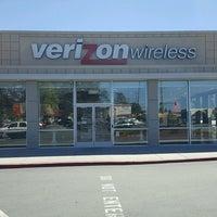 Photo taken at Verizon by Yext Y. on 9/30/2016