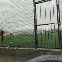 Photo taken at Abdurrahman Temel Futbol Sahası by Ömer Ö. on 5/2/2016