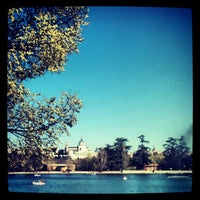 Photo taken at Lago de la Casa de Campo by Merce M. on 4/9/2012