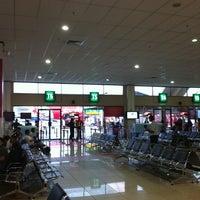 Photo taken at Gate T5 by Tien Dat N. on 5/1/2012