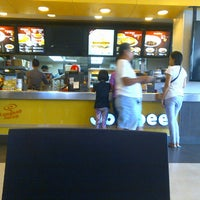 Photo taken at Jollibee by RyMnD on 7/23/2014
