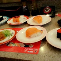 Photo taken at Sushi King by Cl C. on 7/26/2014