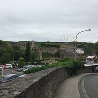 Photo taken at Schloss Rheinfels by Andrei D. on 7/16/2016