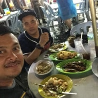 Photo taken at Meng Kee Grill Fish by Wan S. on 6/24/2016