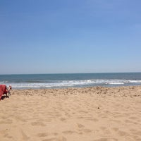 Photo taken at 59th St Beach by Jill R. on 5/26/2014