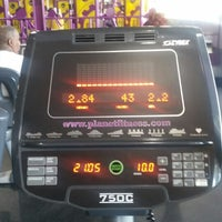 Photo taken at Planet Fitness by LONNIE L. on 7/23/2014