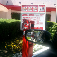 Photo taken at In-N-Out Burger by Steph G. on 4/18/2013