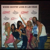 Photo taken at Stoney's Rockin' Country by Mira on 6/28/2013