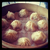Photo taken at Din Tai Fung by Wp p. on 4/23/2013