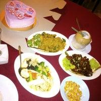 Photo taken at The Seafarer Restaurant by nik i. on 1/7/2013