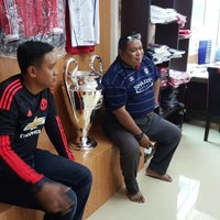 Photo taken at MyManUNITED Clubhouse by Hafiz F. on 10/20/2015
