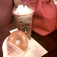Photo taken at J.Co Donuts & Coffee by Lady Leona Y. on 12/29/2013