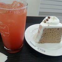 Photo taken at Billy Angel Cake Bar by sangmi a. on 9/17/2014