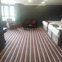 Photo taken at Village Hotel (De Vere) by Beverley P. on 4/27/2013