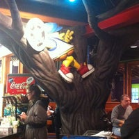 Photo taken at Mellow Mushroom Pizza Bakers by Melissa 🐝 on 3/22/2013