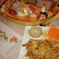 Photo taken at Sakura Sushi Japanese Restaurant by Chikki M. on 12/12/2014