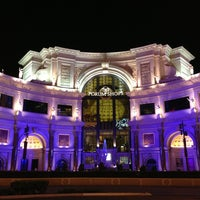 Photo taken at The Forum Shops at Caesars by Daewook Ban on 8/29/2013