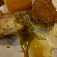 Photo taken at KFC by N F. on 3/21/2013