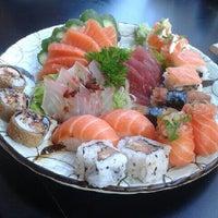 Photo taken at Niwa Sushi by Bruna M. on 6/8/2013