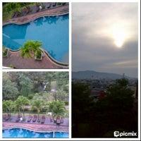 Photo taken at Hatyai Paradise & Resort Hotel by Oranginizer on 10/7/2012