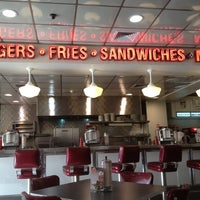 Photo taken at Johnny Rockets by Ignacio C. on 3/6/2012