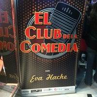 Photo taken at Teatro Arteria Coliseum by kai g. on 3/5/2012