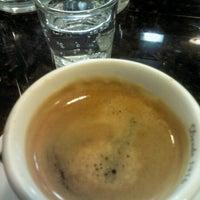 Photo taken at Café Petit by Nivaldo F. on 9/12/2012