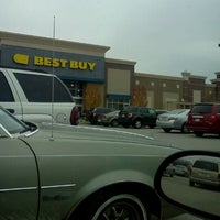 Photo taken at Best Buy by Judson P. on 11/28/2011